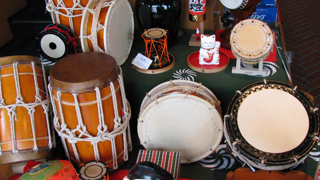Traditional Japanese percussion instruments for sale in Ja