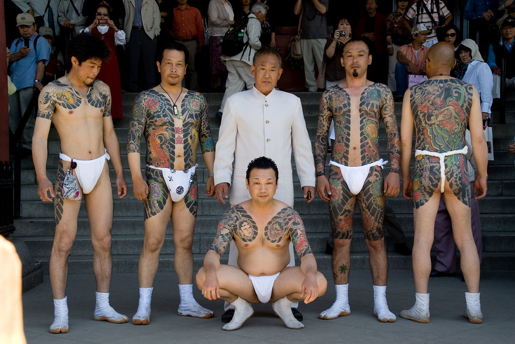 yakuza tattoos violent world gangs