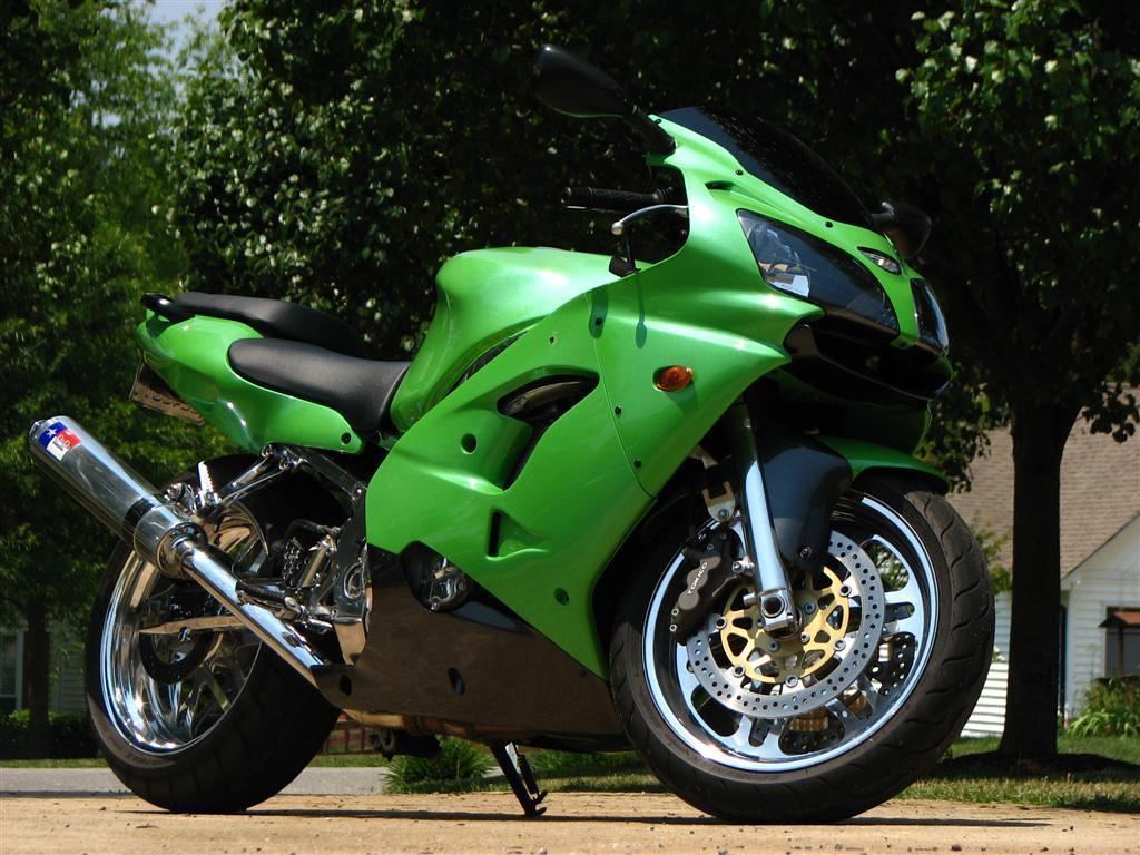 2000 Kawasaki ZX-9R - Moto.ZombDrive.COM