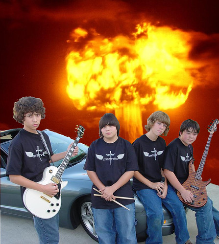 BandNuclearBomb | by AMattos