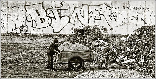 Damals, als wir noch mitm Bollerwagen zum Kohlen sammeln raus mussten...! (ancient days)