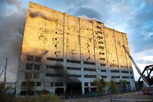 Fire at the Central Warehouse - Albany, NY - 10, Oct - 01.jpg