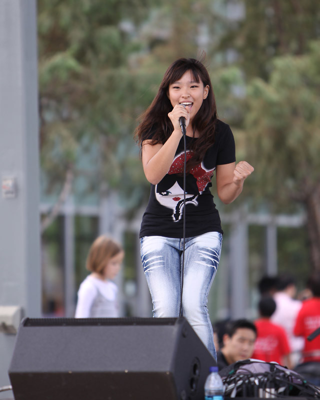 Julia Hsu Korean Festival Houston Img 0162crop Small