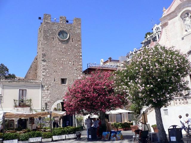 Taormina in fiore