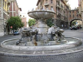 Fontana delle Rane | by gattospino