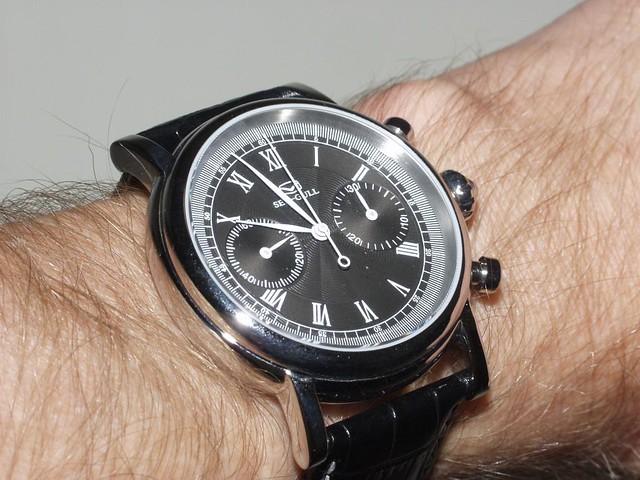 Seagull 0430 Chrono wristshot