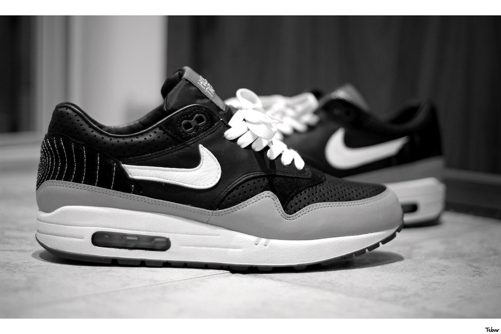 Nike Air Max 1 x Ben Drury Hold Tight | Sneakers | Nike