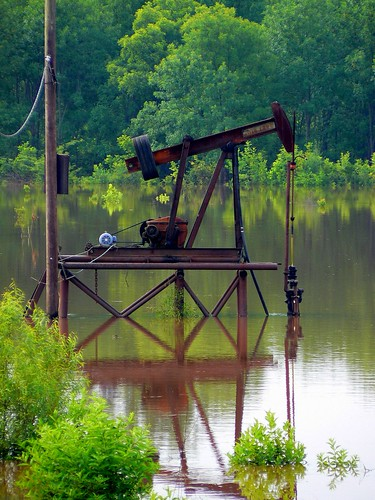 Oklahoma Offshore Oil Production | by FreeWine