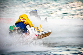 The Boat Racing in Kiryu Japan | by Fotois.com / Dmaniax.com / 246g.com