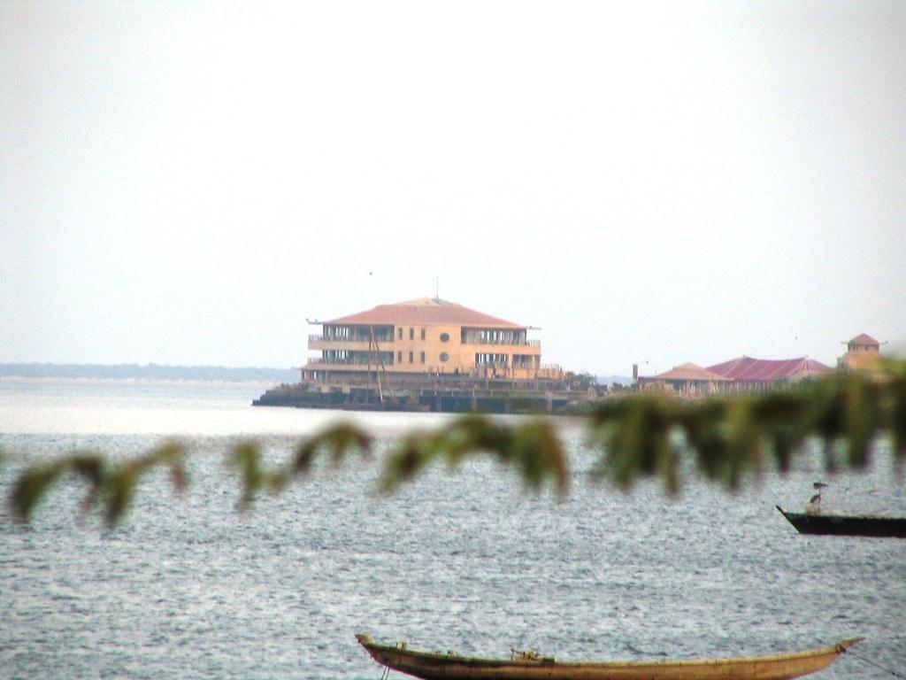 DHA Golf Club Building Karachi Creek | Faisal Saeed | Flickr