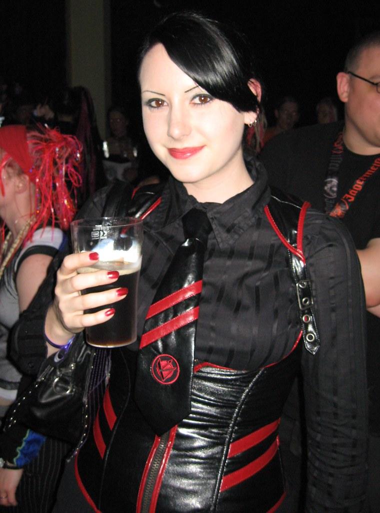 Goth flicka dating