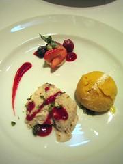 semifreddo banana e pistacchio & gelato alla passiflora   by nyaa_birdies_perch