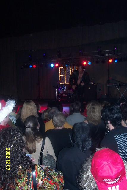 Young_Elvis_main_stage_1