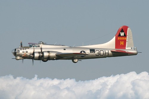 "Boeing B-17G Flying Fortress ""Aluminum Overcast"" In Flight 