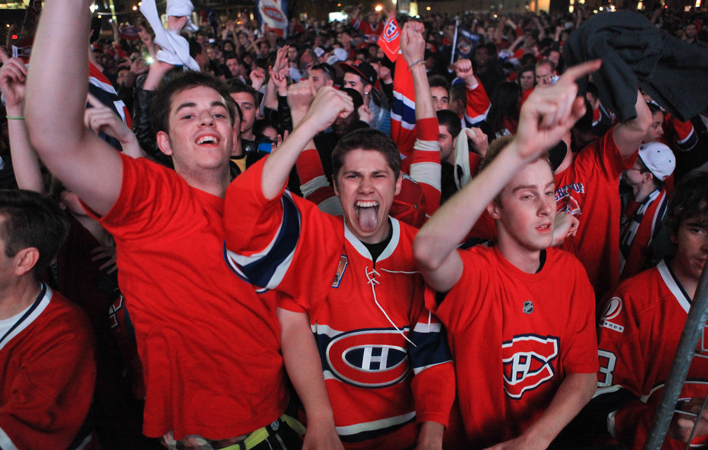 quality design 3c099 9b158 Montreal Canadiens Fan Celebration - Crowd at Bell Centre ...