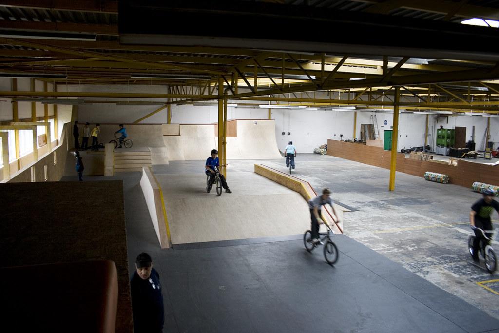 Livi Garage Skatepark 1...