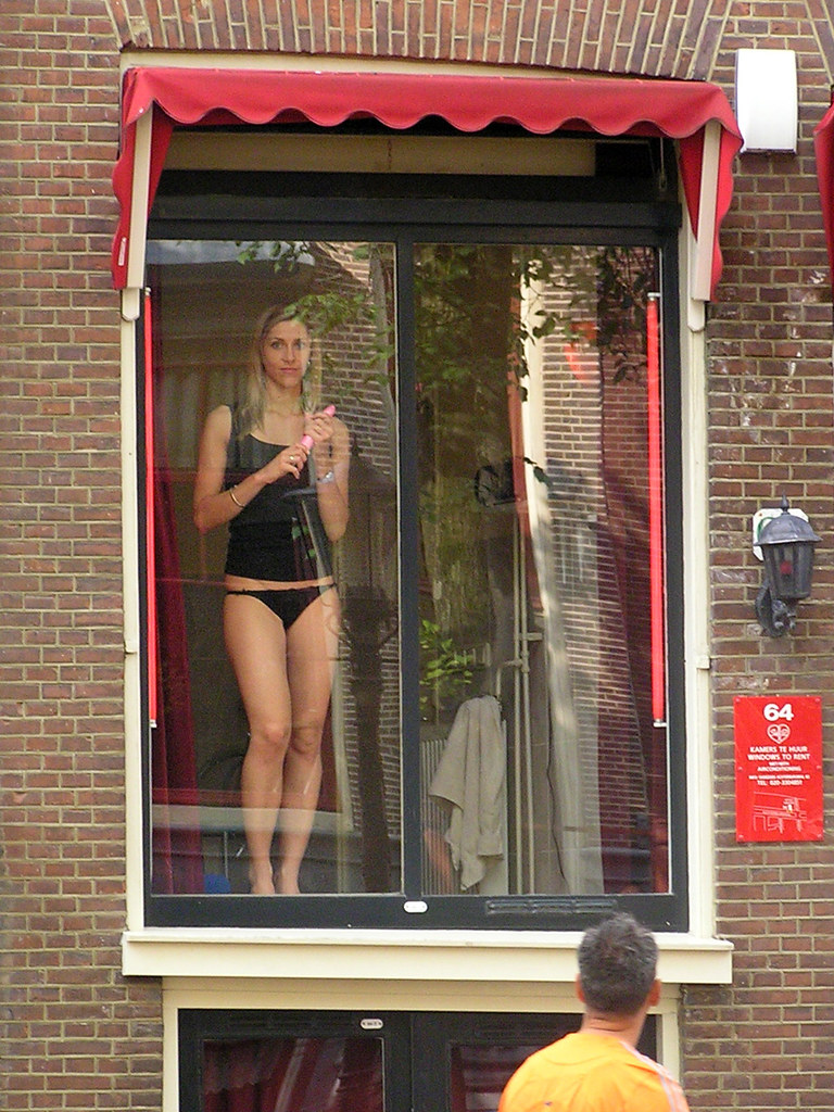 Watch live sex shows in amsterdam's red light district