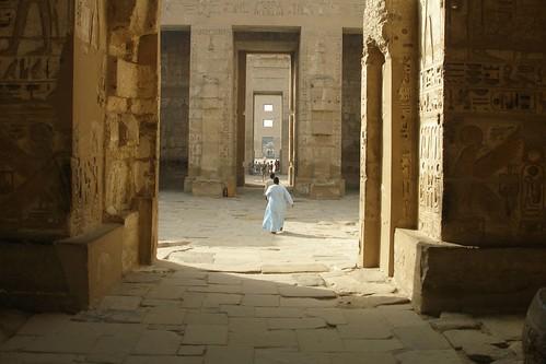 Inside Medinet Habu temple (2007-05-473) | by Argenberg