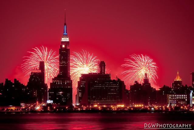 Fireworks Over New York City, 2006 (Explore - January 1, 2007)