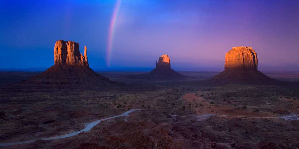 Monument Valley Sunset (wide)