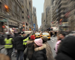 Zooming in 5th Avenue - Manhattan | by angelocesare