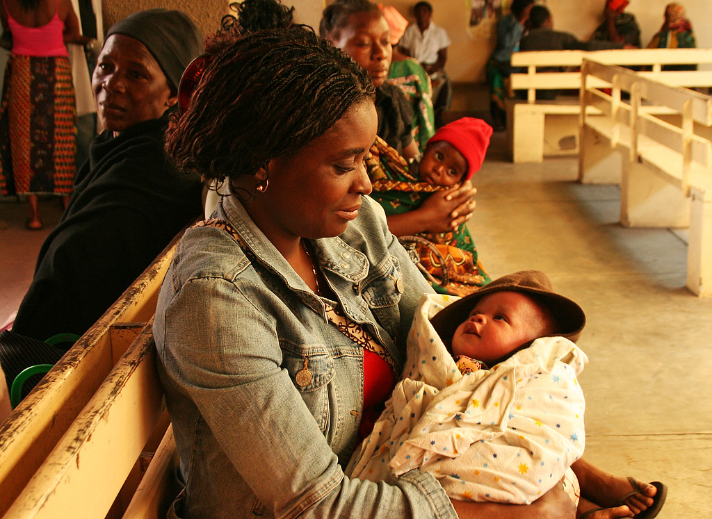 Mother and child at Maputo HIV clinic