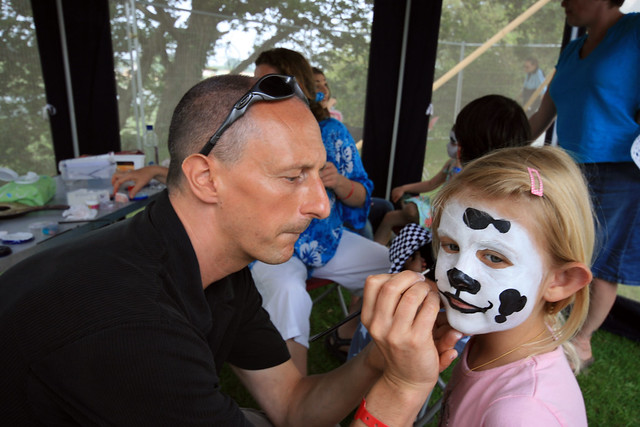 Facepainting at the Isle of Wight festival