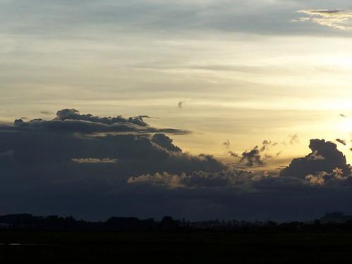 sky clouds grey sunsets burningsky madagascar madagascarsky