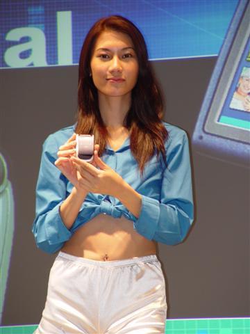 2002telecom05