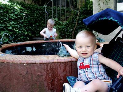 2005-05-24-fountain