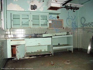 2729-phsh-autopsy-room - Abandoned Hospital (Presidio, San Francisco) | by loupiote (Old Skool) pro
