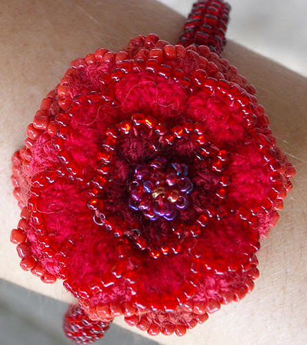 flower bracelet close