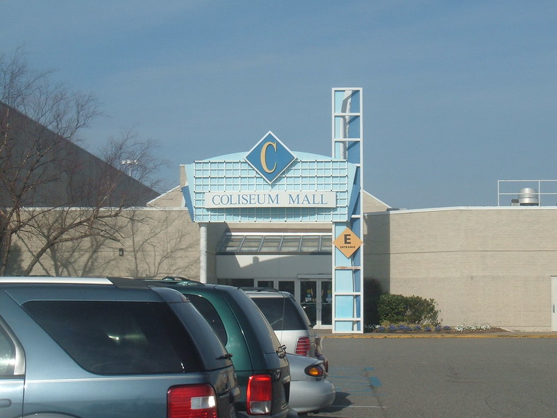 Coliseum Mall