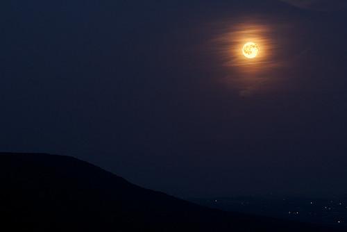 sunset moon mountain mountains fall night canon time hawk pa tamron 90mm manfrotto berkscounty kempton 50d