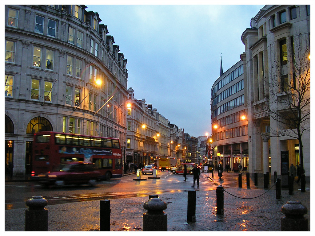 London Rain | It's raining again... Late afternoon in front … | Flickr