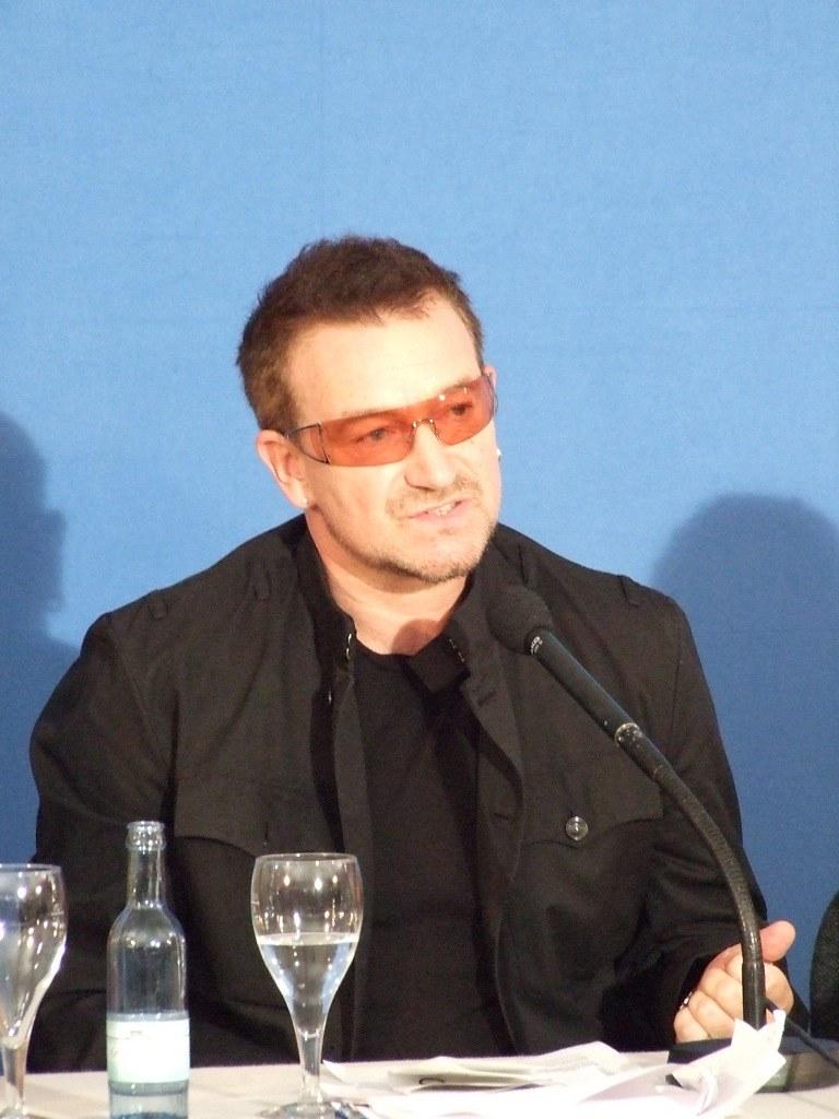 Bono @ G8 Press Conference