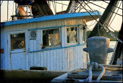 river georgia geotagged boat waterfront brunswick handheld 1855mm shrimpboat canonefs1855mmf3556ii onblackbackground brunswickga brunswickgeorgia geo:tool=gmif random6 ga07 southbrunswickriver geo:lat=31149026 geo:lon=81498717