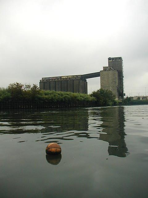 Sky Factory | As seen on www wurlington-bros com/trashboat