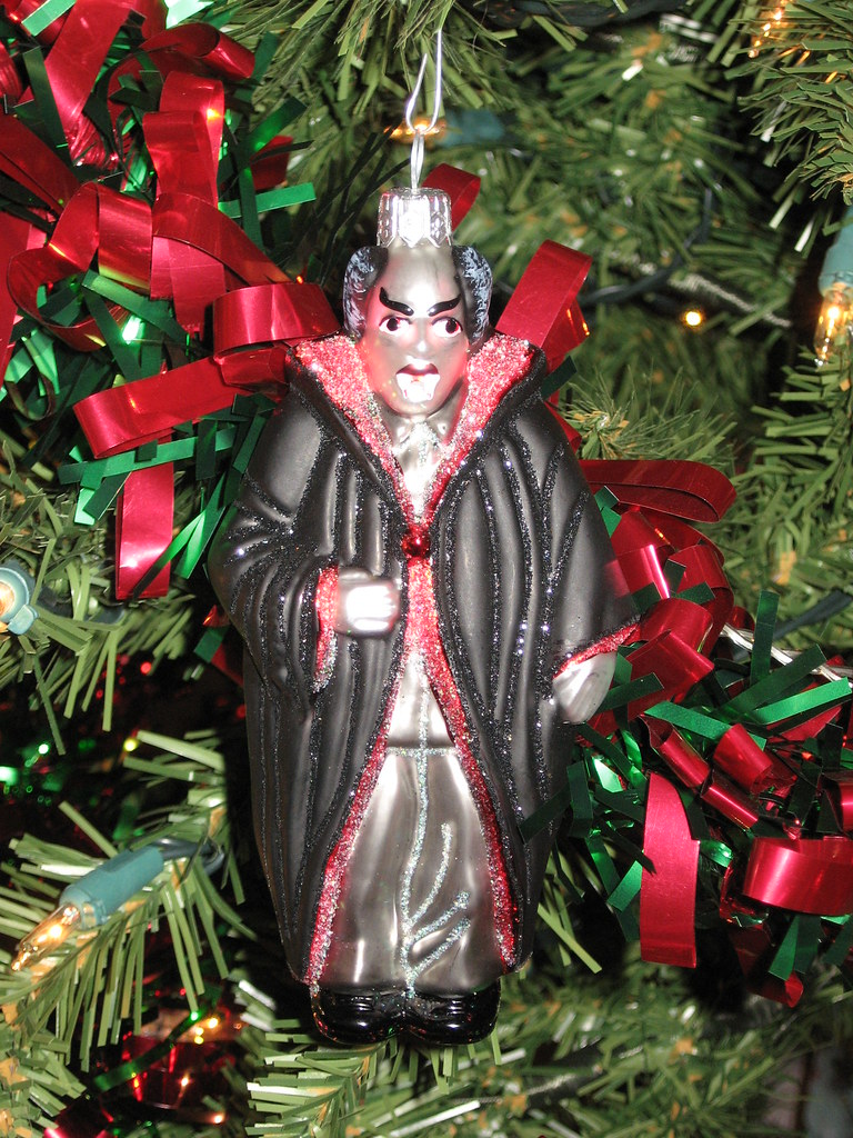 Wierd Christmas Ornament.Weird Christmas Ornaments 005 Dracula Christmas Tree Ornam