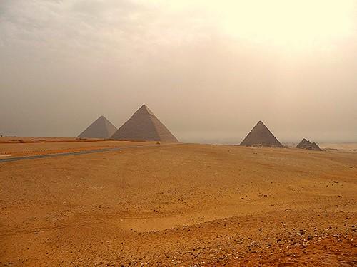 haze day cloudy egypt nile cairo pyramids karnak philae aswan luxor giza komombo edfu