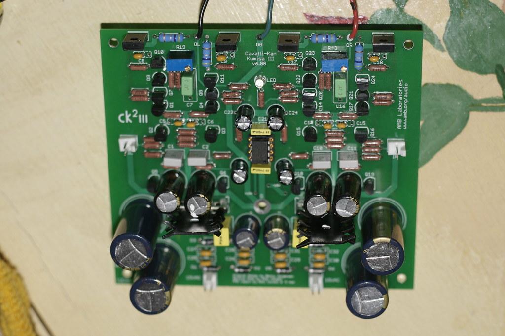 cavalli kan kumisa iii stereo headphone amplifier robb hohmann
