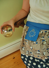 weekend find: cocktail apron   by SouleMama
