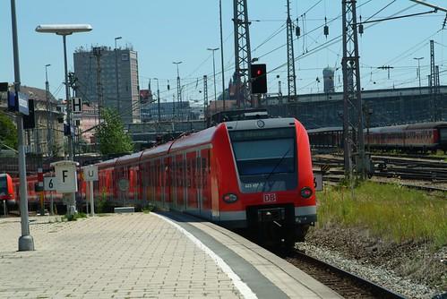 S bahn train from Hakerbucke station | by rikdom