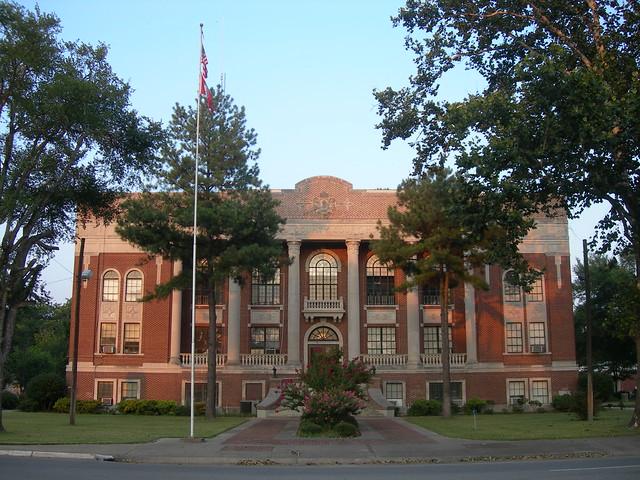 Lonoke County Court House