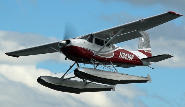 Cessna ready to hit the water at Lake Hood