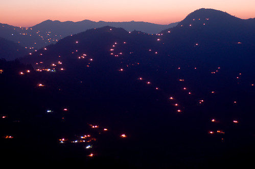 sunset india house building landscape geotagged lights village places things uttaranchal sitla