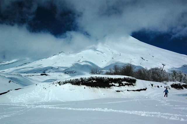 Skiing down the Volcano