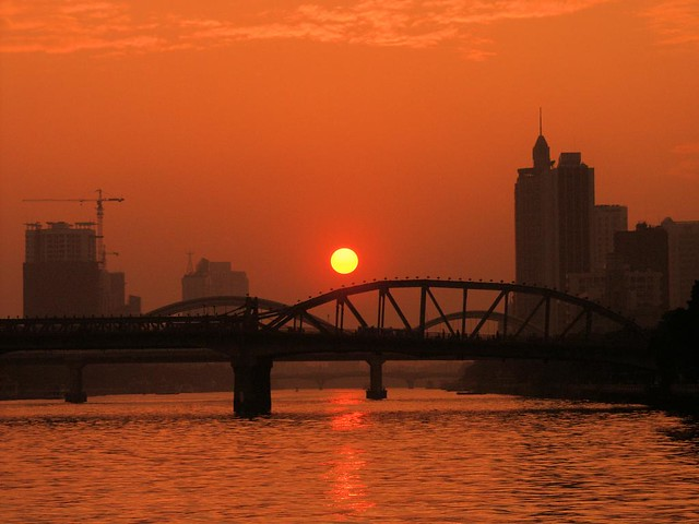 Guangzhou - Sunset at the Pearl River