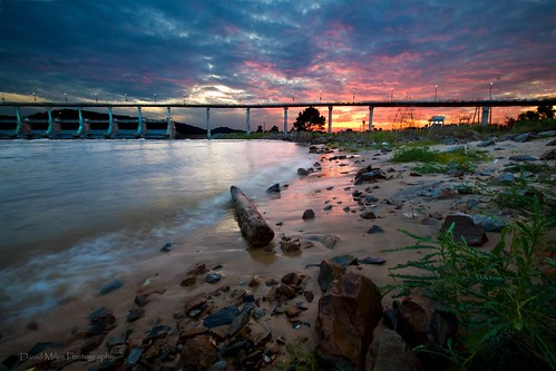 bridge sunset rock canon river eos big sand colorful little littlerock dam north shore 5d arkansas ef 28l arkansasriver nlr 1635mm pulaskicounty murraylockanddam bigdambridge davidmilesphotography canonef1635mm28l