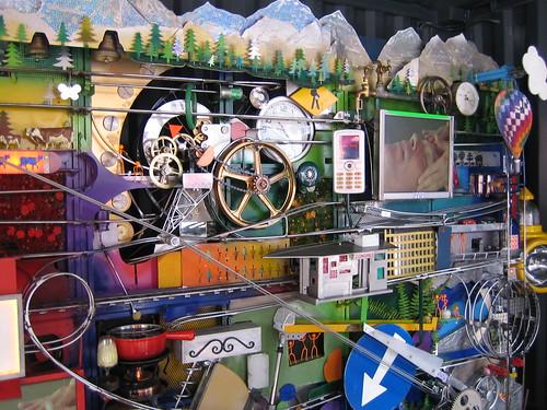 Máquina de Rube Goldberg en la base del Alinghi | by freshwater2006